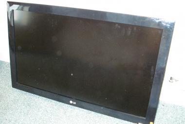 used LG 37in HD ready TV freeview newbury berks