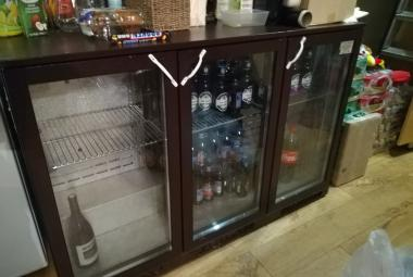 used lec 3 door glass fronted bottle fridge surrey berks