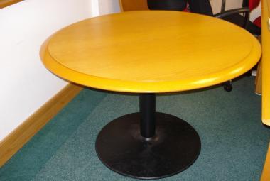 used 4 person round meeting table oak veneer newbury berkshire