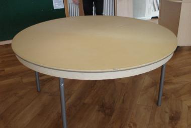 1.7m dia folding banquet dining table surrey berks