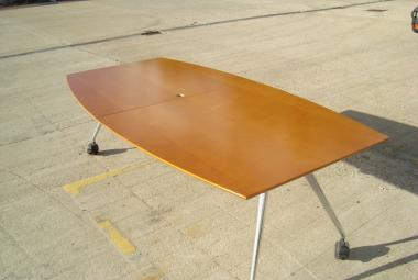 Konig & Neurath summa folding meeting table reading newbury berkshire