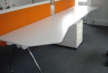 vitra 1800mm wave desk white berkshire