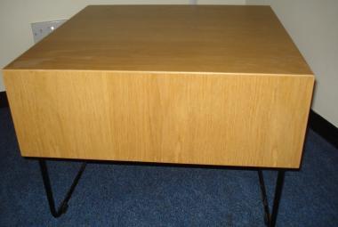 oak coffee table 600mm square  reading newbury berkshire