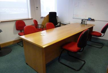 used manager exec reception desk oak veneer reading berkshire