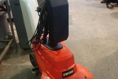 Victor Swing 500 floor polisher warehouse berkshire