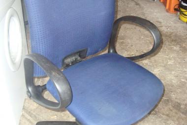 Comforto High Back Shirtback Operator Chair with Arms
