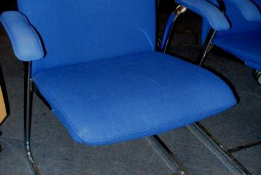 Blue Fabric Cantilever Meeting Chair with Arms