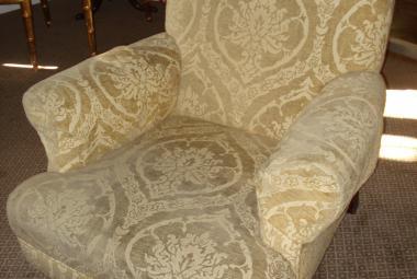 traditional armchair cream newbury reading berkshire hotel