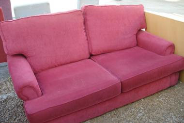 red 2 seater sofa hotel reception newbury reading basingstoke oxford