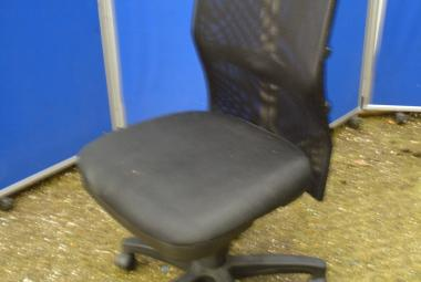 used armless mesh swivel chair office home study newbury berkshire