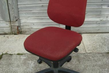 used paragon high back armless swivel chair  Back Rusty Red