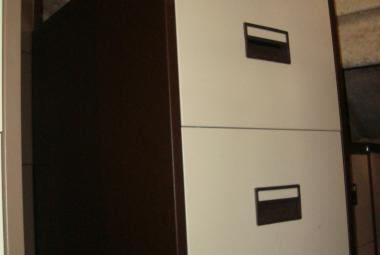 brown and cream 2 drawer filing cabinet newbury basingstoke used