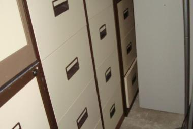 4 drawer filing cabinet brown and cream metal used newbury basingstoke