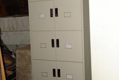 used triumph 10 compartment locker tower oxford