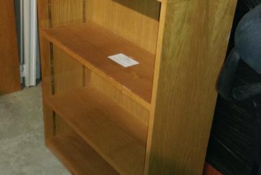 oak veneer bookcase 1000mm H reading berkshire
