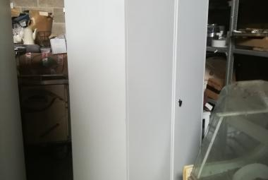 white metal 2 door cupboard double skinned doors newbury berks